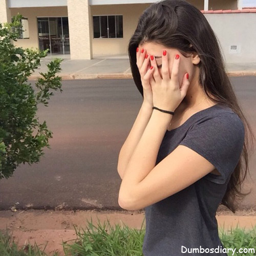 photo of girls hiding face № 13604