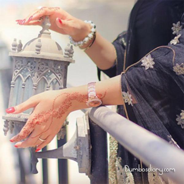 Girl In Ramadan With Lantern